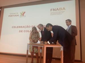 Francisco Banha, Presidente da Direcção da FNABA; Frederico de Freitas Costa, Presidente do Instituto de Turismo de Portugal e Paulo Andrez, Vice-Presidente da Direcção da FNABA