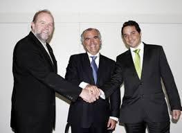 Chris Curtis à esquerda na foto e Miguel Gonçalves à direita